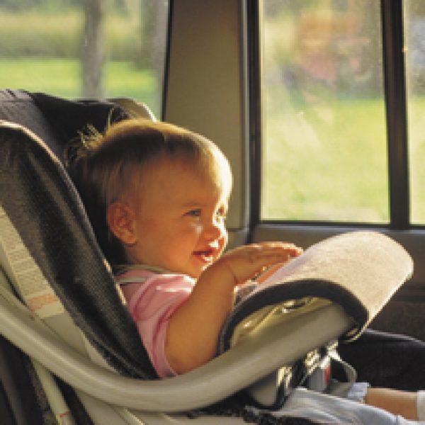 Solfilm beskytter børn mod solens stråler