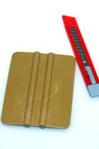 Værktøj – Kniv og 3M skraber 50 kr.